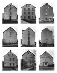 Klaus Bußmann (Hg.), Bernd & Hilla Becher. Tipologie Typologien Typologies (Kat. Ausst., XLIV. Biennale in Venedig, Venedig 1990), München 1990.