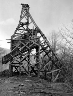 Bernd und Hilla Becher: Clark Coal Co., Valley View, 1975, Schuylkill Country.