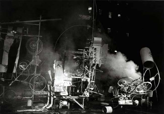 Jean Tinguely: Homage to New York, MOMA, 1960.