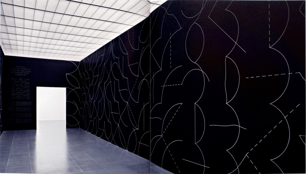 Installation view at Centre Pompidou-Metz: Sol LeWitt, Wall Drawing #260, 1975