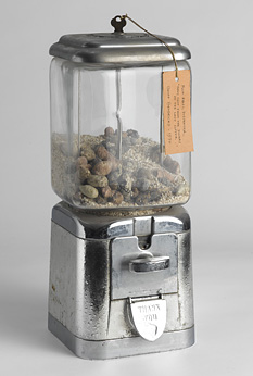 "Geoffrey Hendricks, Flux Relic Dispenser / ""Holy Shit from the Diners of the Last Supper"", 1970, © Geoffrey Hendricks 2012"