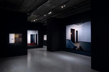 Ausstellungsansicht im MUMOK Wien, 2009 (von links nach rechts: Embassy III, Embassy IV, Embassy IV.a, Embassy II)