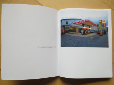 Jeffery Morger | Twentysix Gasoline Stations, 2013 (Quelle: jefferymorger.wordpress.com)