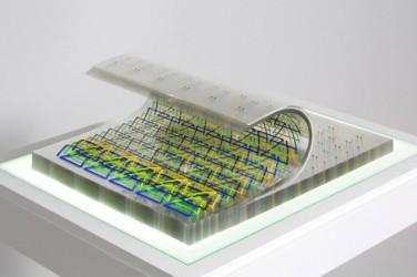 (11.81 x 15.74 x 1.18 inches), 100 sheets of 250 microns Lexan, 4 color silkscreen, PVC stab binding, Clear plexiglas wave