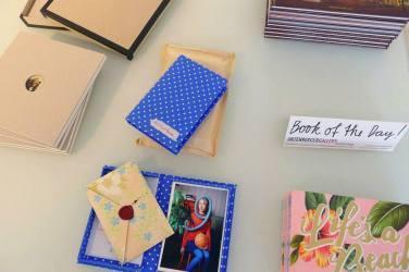 AnzenbergerGallery-Bookshop