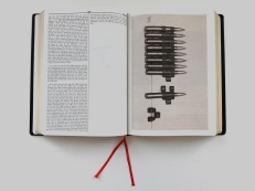 Oliver Chanarin & Adam Broomberg: Holy Bible, 2013, MACK London (Foto: Marlene Obermayer)