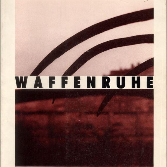 Waffenruhe von Michael Schmidt (Dirk Nishen Verlag) © Photo Eye
