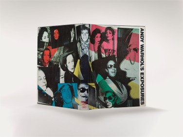 Andy Warhol mit Bob Colacello, Andy Warhol's Exposures, 1979, Cover, 29,3 x 24,1 x 2,5 cm Foto: Haydar Koyupinar © 2013 The Andy Warhol Foundation for the Visual Arts, Inc. / Artists Rights Society (ARS), New York
