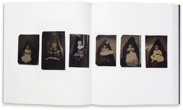 Linda Fregni Nagler. The Hidden Mother (MACK 2013)