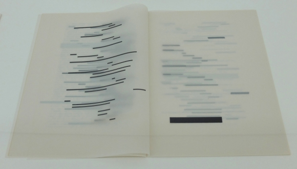 Ausstellungsansicht mumok: Künstlerbuch | Artists' book: Marcel Broodthaers. UN COUP DE DÉS JAMAIS N'ABOLIRA LE HASARD. Image, 1969
