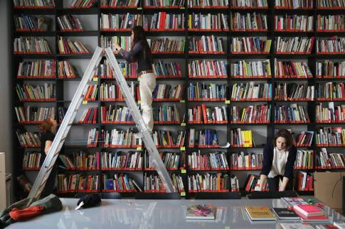Kunsthalle Wien Pop-Up Bibliothek (Foto: David Avazzadeh)